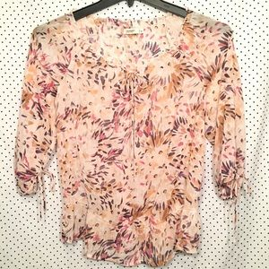 Old Navy Cream Pink Floral 3/4 Sleeve Sheer Blouse